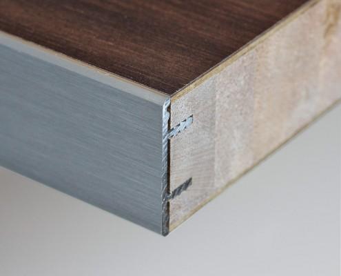 Vlak werkblad 40mm met aluminium rand in de kleur aluminium geborsteld